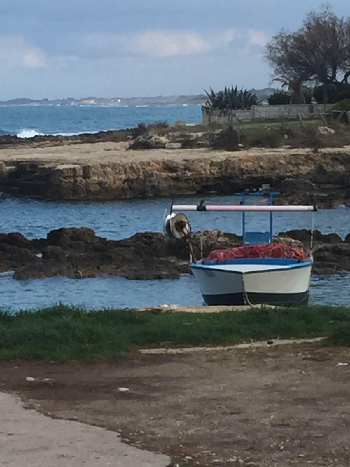 Lungo Mare Barca